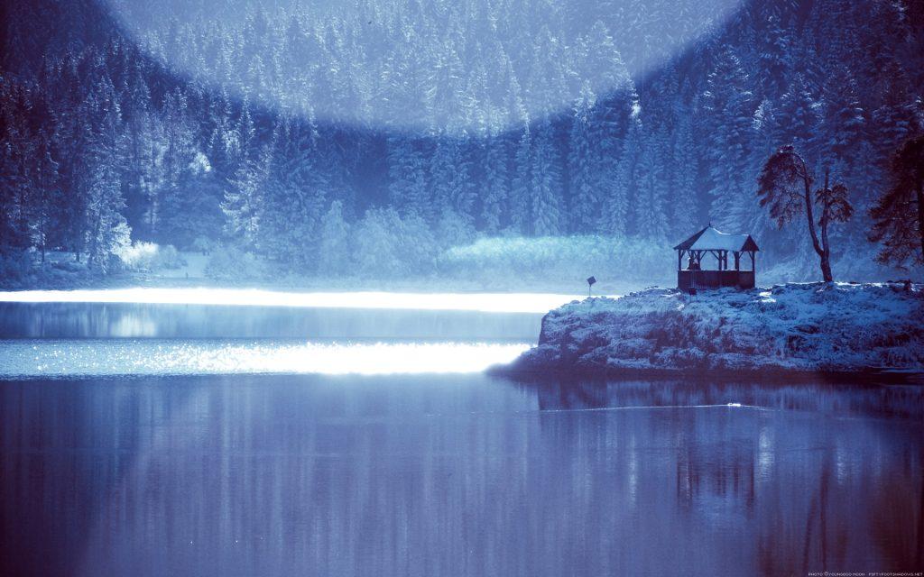 Lake Living ~ Frozen Finnish Lake